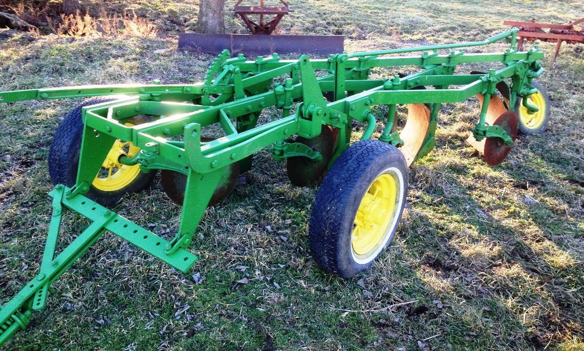 Knows jd three bottom pull type plow